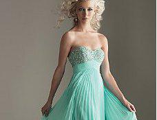 Φορέματα ιδανικά για γάμο από το simplydresses.com