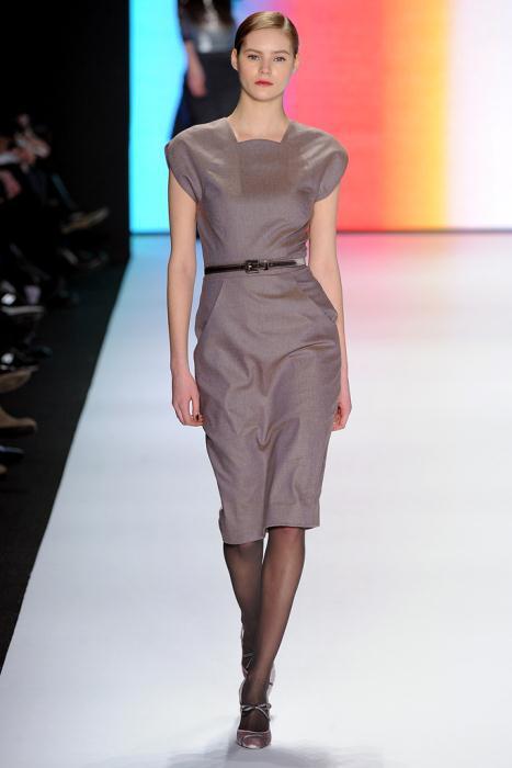 00060fullscreen1 - Carolina Herrera Φορέματα Συλλογή Φθινόπωρο Χειμώνας 2011 2012