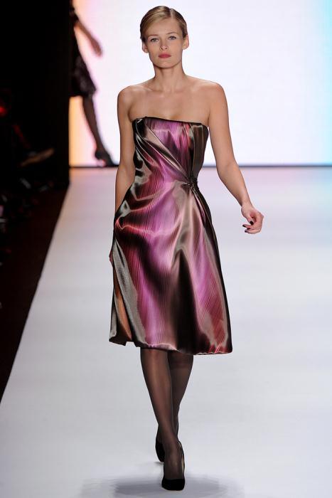 00130fullscreen1 - Carolina Herrera Φορέματα Συλλογή Φθινόπωρο Χειμώνας 2011 2012