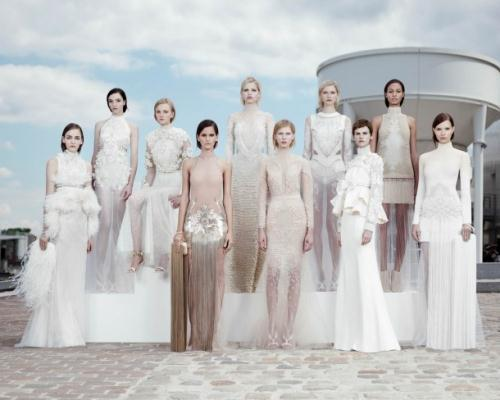 image022 610x488 - Givenchy Haute Couture by Riccardo Tisci Φθινόπωρο Χειμώνας 2011 2012