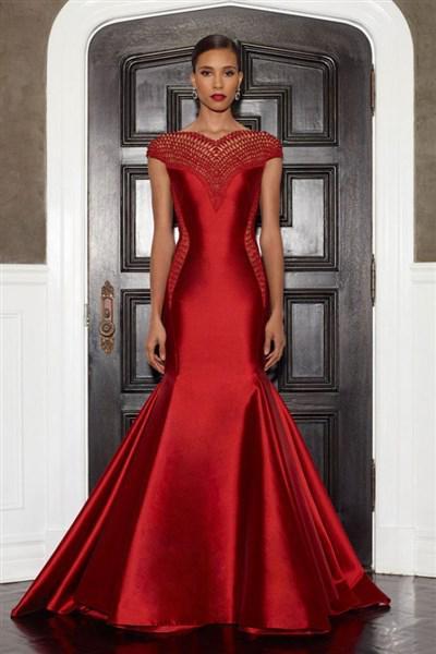 vradina foremata Lorena Sarbu fthimoporo 2014 24 - Εκπληκτικά βραδινά φορέματα από τη Lorena Sarbu Φθινόπωρο 2014