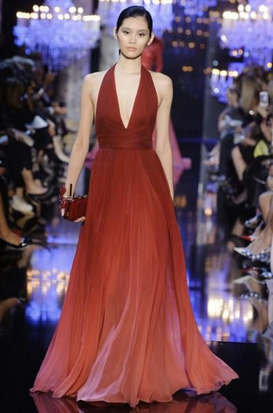 319c67ead5ed Βραδινά φορέματα υψηλής ραπτικής Elie Saab Φθινόπωρο 2014