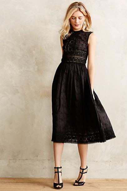 Τα πιο chic φορέματα είναι τα midi 7e9b207e21a