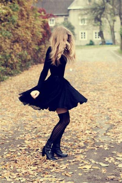 mavro forema xeimona 2 - Φορέστε ένα κλασσικό μαύρο φόρεμα τον χειμώνα