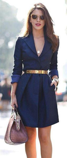 mple forema 1 - Πώς θα συνδυάσεις το μπλε φόρεμα