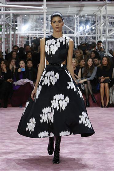 foremata dior anoiksi kalokairi 2015 2 - Φορέματα Dior άνοιξη 2015