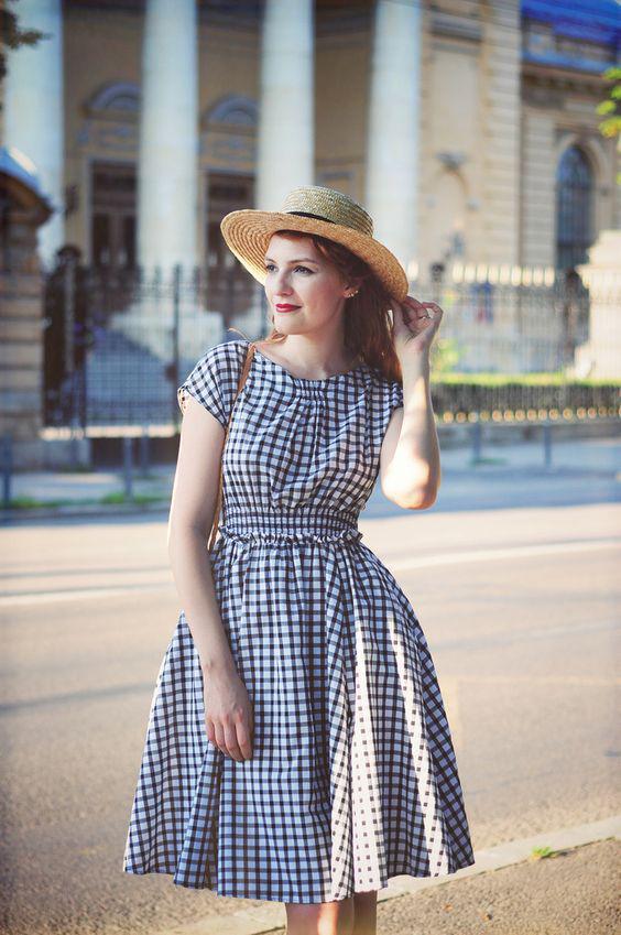 pos na valis ena kalokerino retro forema 3 - Πώς να βάλεις ένα καλοκαιρινό ρετρό φόρεμα