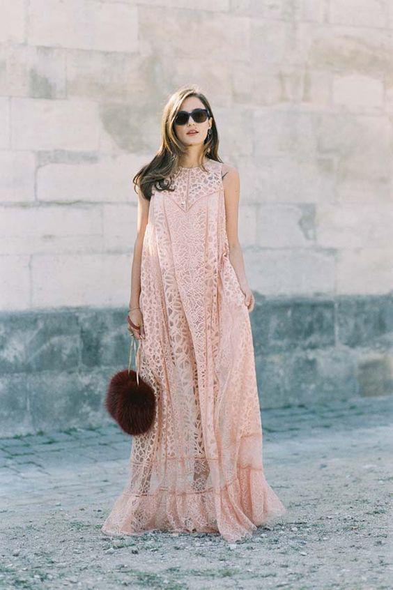 5 υπέροχα maxi φορέματα με δαντέλα - Page 2 e9e85f0fe17
