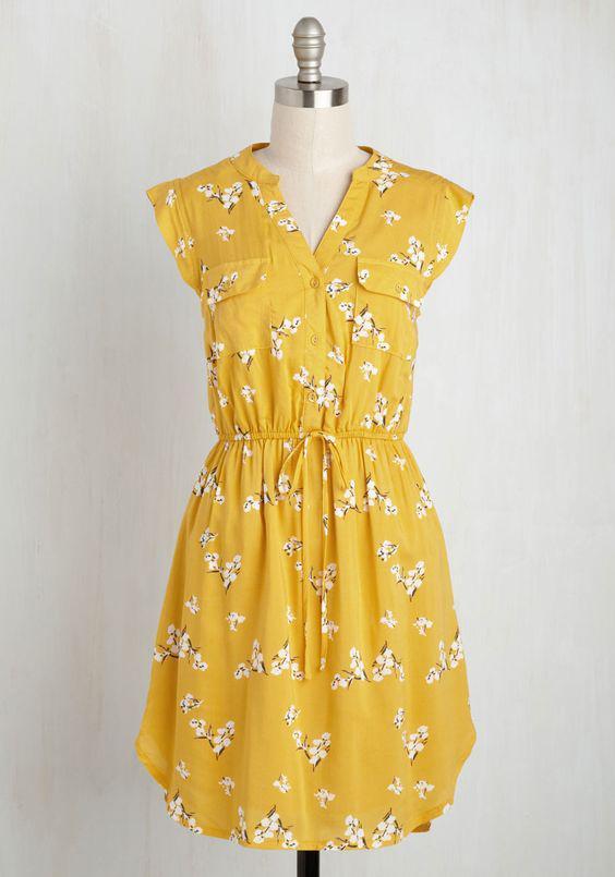 c21d8a75c537 Πώς θα βάλω floral κίτρινο φόρεμα