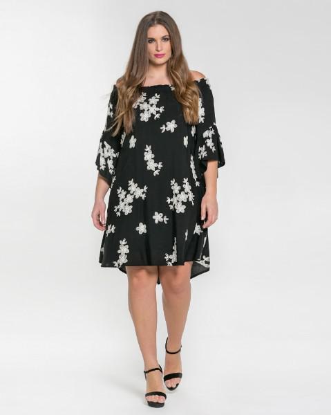 f1701edb5f51 Μοντέρνα φορέματα σε μεγάλα μεγέθη Mat Fashion Άνοιξη Καλοκαίρι 2018 ...